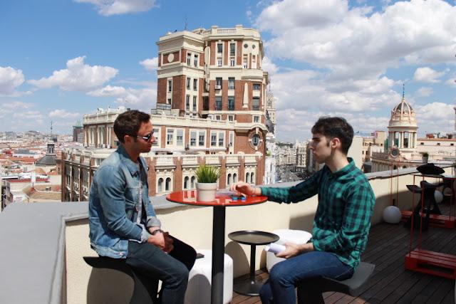 Måns Zelmerlöw y David Sobral durante la entrevista (Photo: Jesús Carro/Nordpop)