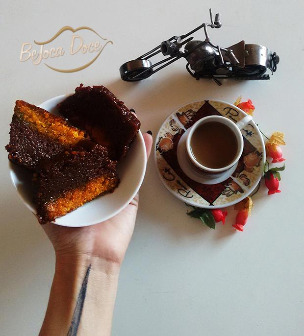 bolo cenoura pudim de chocolate jackysimionato torta doce goloseima receita caseira bejocadoce sobremesa