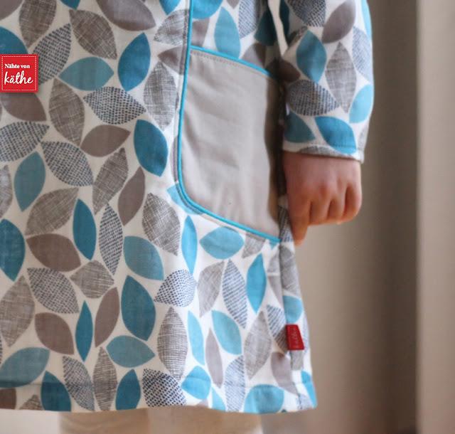 Cosmo Dress von Sewpony auf Deutsch erhätlich bei Nähconnection