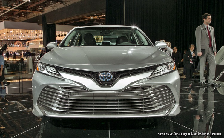 2018 Toyota Camry XLE Review: America's Favorite