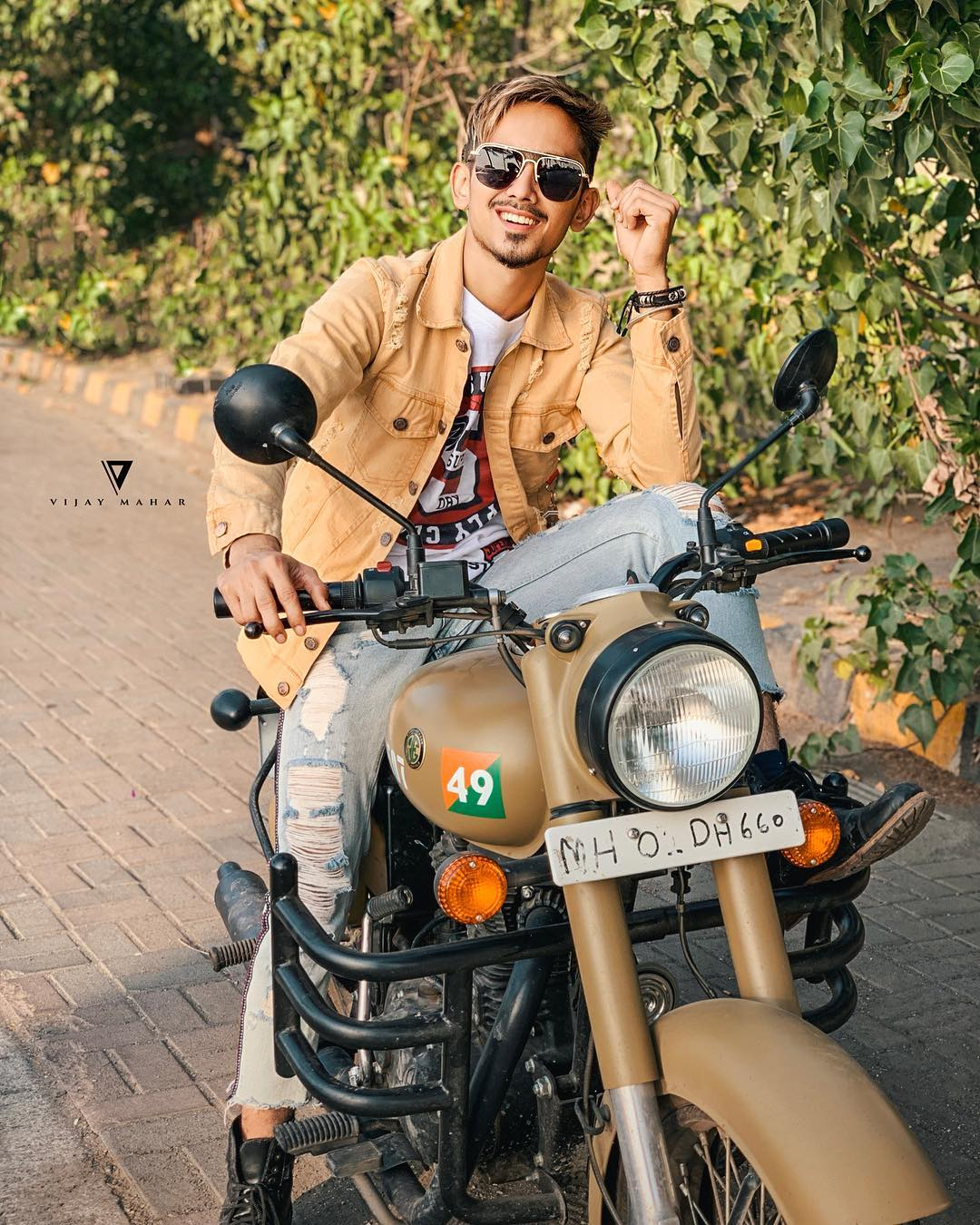 Adnaan Shaikh Wiki, Age, Girlfriend, Biography, Income & More