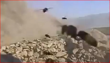 Εφιάλτης- Δείτε τι βγήκε κάτω από βράχο που ανατίναξαν στο Αφγανιστάν [βίντεο]