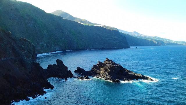 Skaliste wybrzeża La Palmy