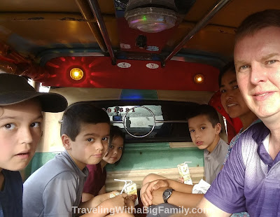 How many people can fit in a tuk-tuk in Thailand