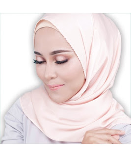 Eyes on me sendayu tinggi   Normal price : RM 63.60 Member price : RM 57.25   Nak beli dengan harga ahli ?   Whtsapp 0134040411 ? confirm dapat harga ahli TANPA perlu daftar ?