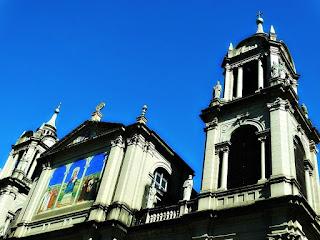 Frontão e Torre da Catedral Metropolitana de Porto Alegre