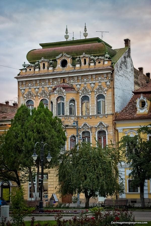 Ruta por Rumanía. Târgu Mureș, la ciudad cultural y de edificios Art Deco