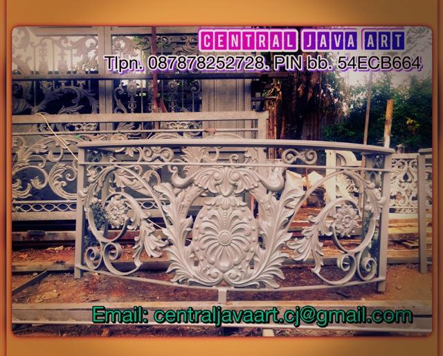 Pintu Gerbang Pagar Balkon Besi Tempa Klasik Mewah Elegan