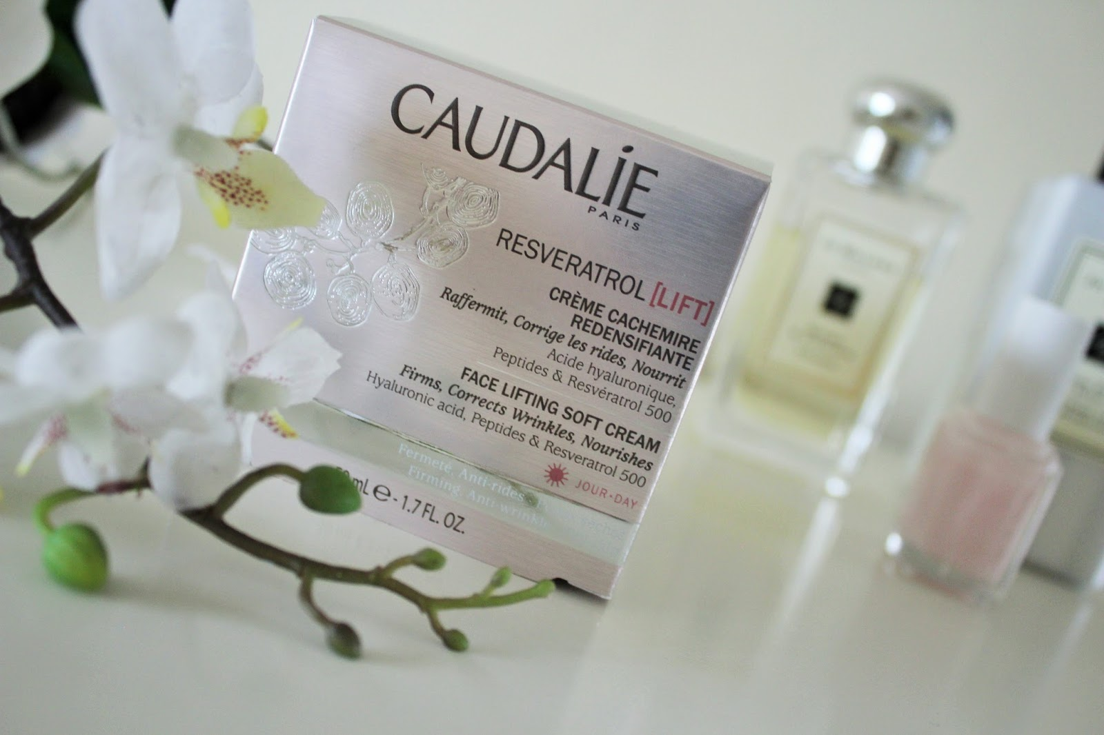 Caudalie Resveratrol Lift Face Lifting Soft Cream Review 1