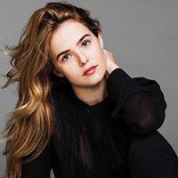 Zoey Deutch age, feet, boyfriend, mom, dating, parents, engaged, movies, hot, avan jogia and, suite life on deck, beautiful creatures, vampire academy, photoshoot, gallery, interview, legs, hair, actress, style, dirty grandpa, bikini, instagram, wiki, biography