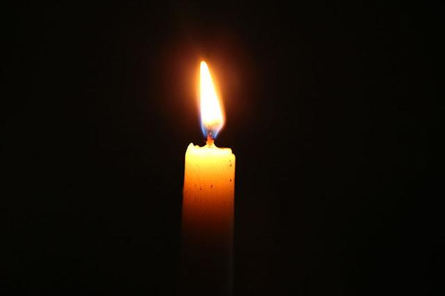 Candlelit vigil for massacre victims on the Las Vegas strip