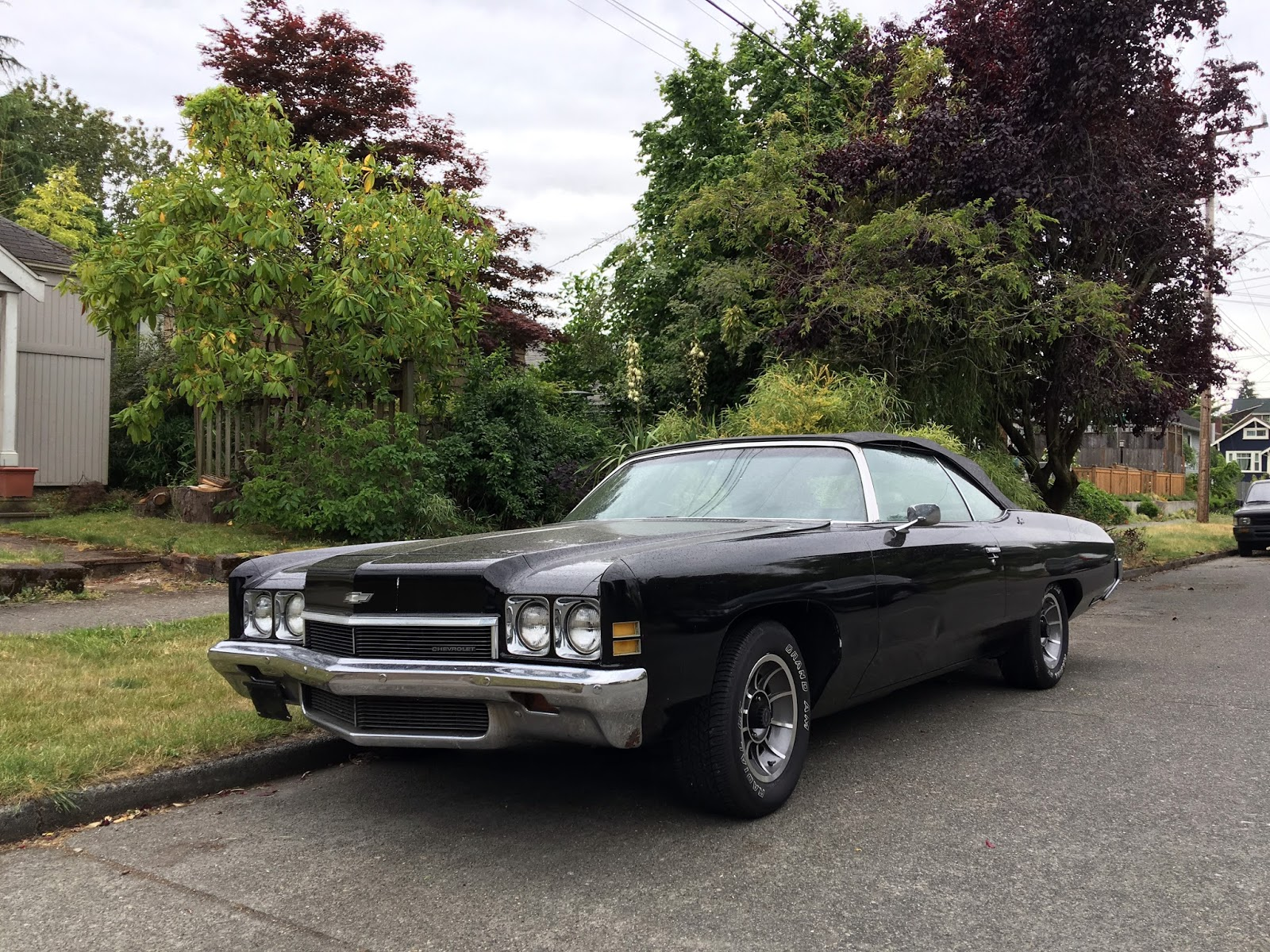 seattle 39 s classics 1972 chevrolet impala convertible. Black Bedroom Furniture Sets. Home Design Ideas