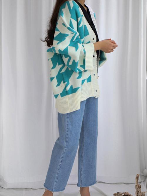 Oversized Houndstooth Pattern Knit Cardigan