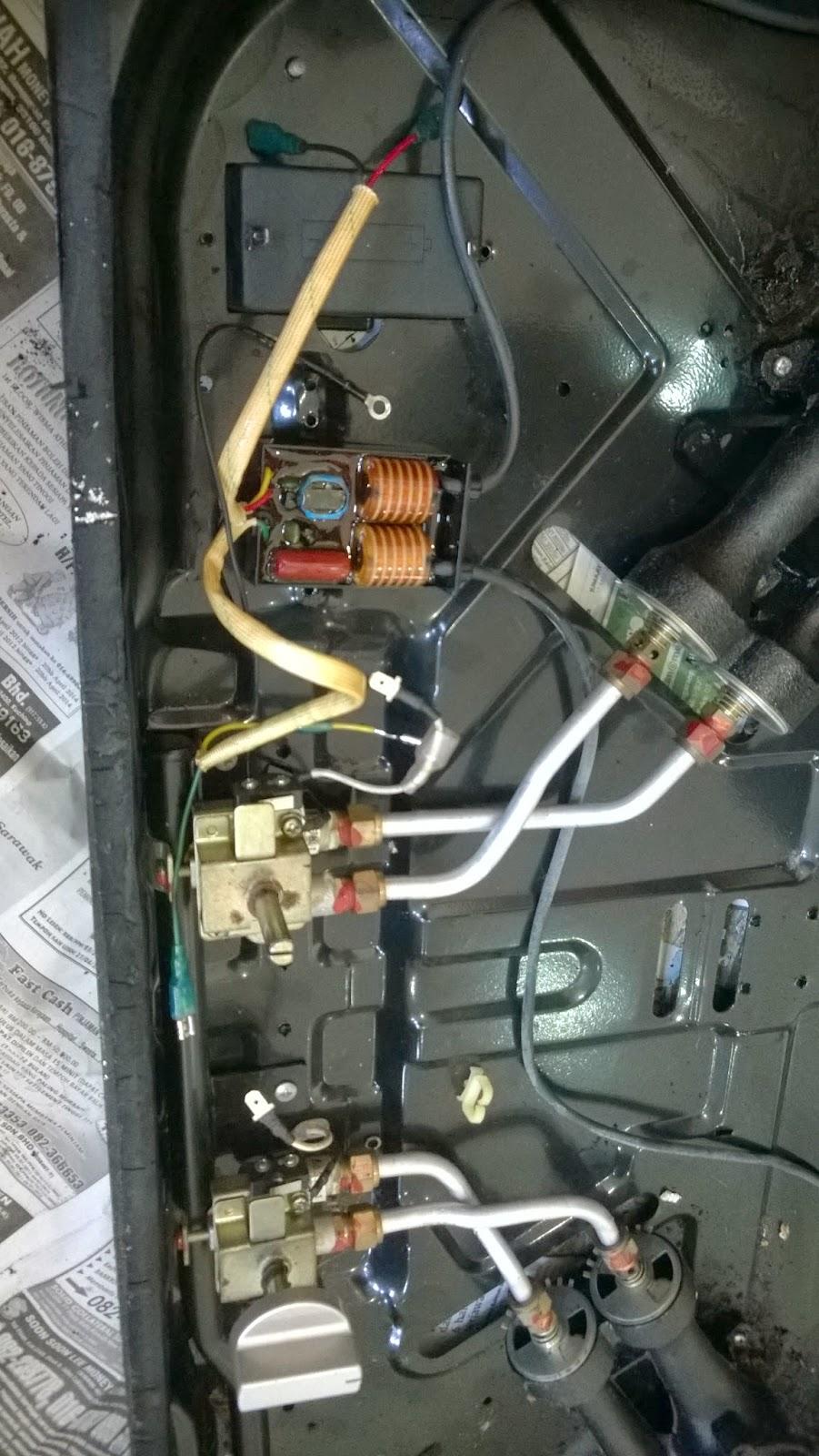 Ini Dia Modul Board Elektroniknya Yang Berfungsi Untuk Menghasilkan Percikan Api Nampaknya Ia Sudah Rosak Dan Setelah Dicari Sparepartnya