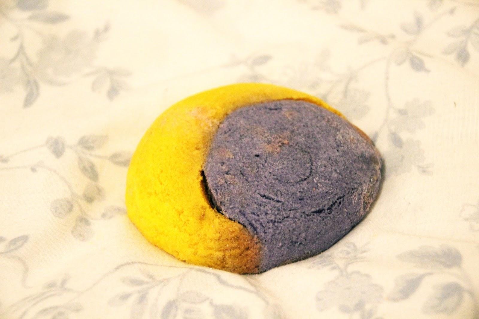 Christmas Bath Bombs Lush.Lush Bath Bomb Christmas Eve Moonlight Soak Review