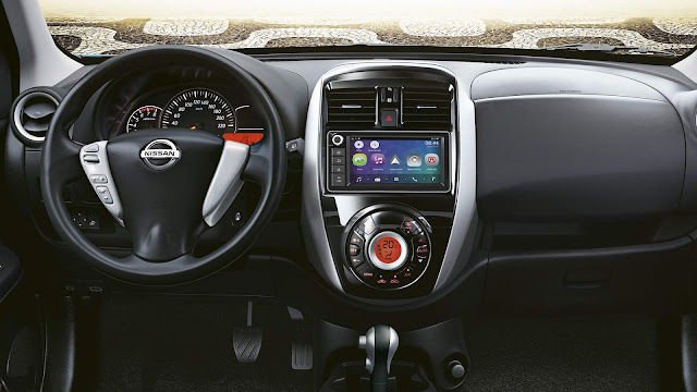 Nissan March 2019 - painel