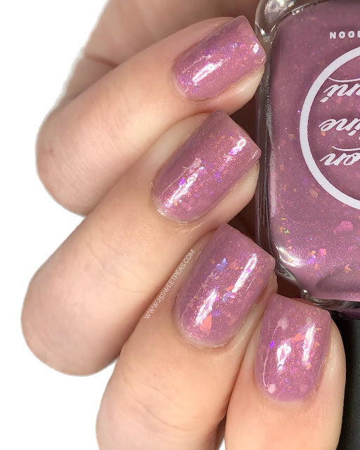 Moon Shine Mani 25 Sweetpeas