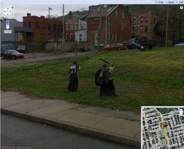 18 Hilariously Weird Moments Captured On Google Street View - Winter Is Coming!