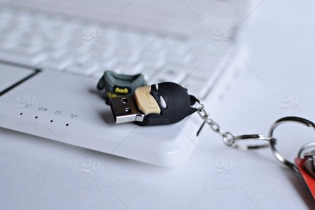 اصلاح مشاكل جميع انواع الفلاشات وعمل فورمات للفلاشات التي لا تقبل