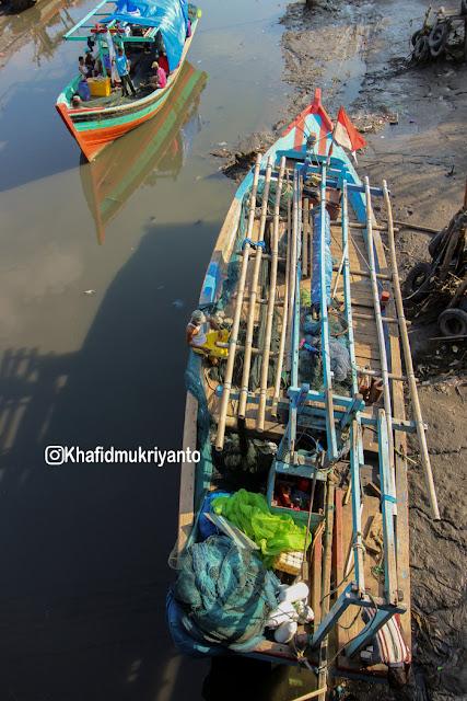 pantai teluk penyu obyek wisata kabupaten cilacap