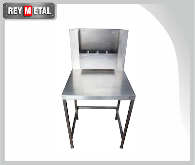 meja stainless dilengkapi wall bench