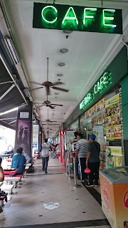 Mustafa Cafe Singapore