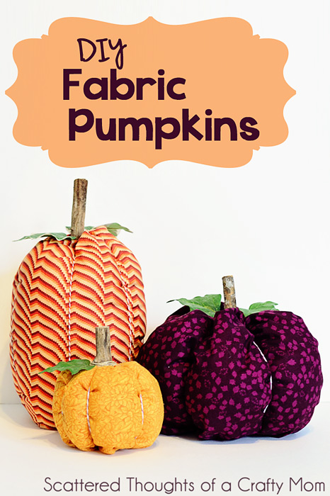 Spruce up your Fall Table with these easy to make Fabric Pumpkins. (tutorial) #falldecor #fabricpumpkins