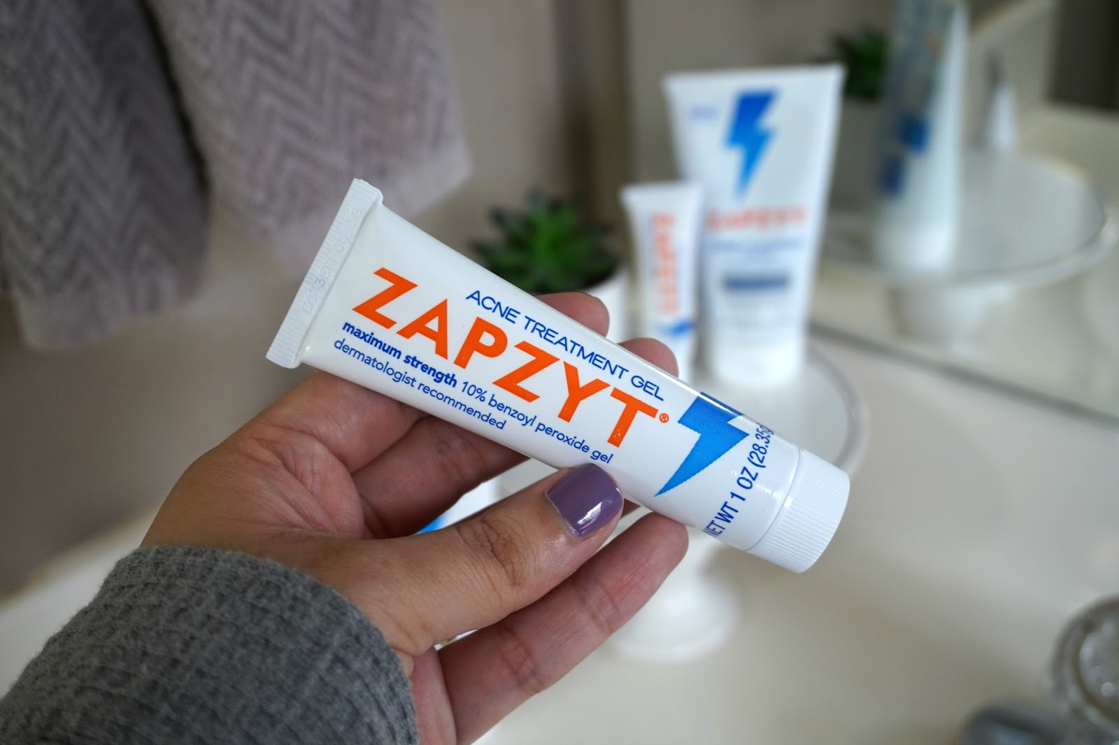 How To Treat Acne With ZapZyt + Tips For Acne Prone Skin | Battle those pesky breakouts with a line made just for acne prone skin. // Beauty With Lily, A West Texas Beauty, Fashion & Lifestyle Blog