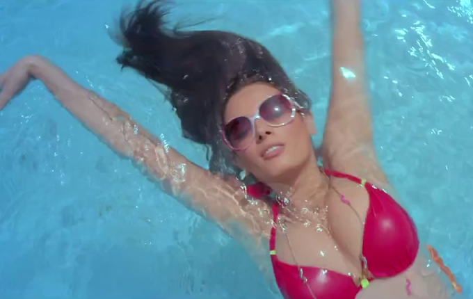 Evelyn Sharma's Sexiest Red Hot Bikini Photos From Yaariyan Movie