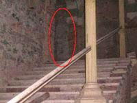 Misteri Rumah Tua Berhantu