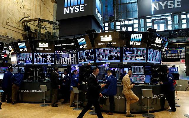 «Βόμβα» 9 τρισ. δολ. απειλεί τη Wall Street