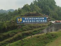 Gambar Objek Wisata Waduk Wadaslintang Perbatasan Wonosobo Kebumen