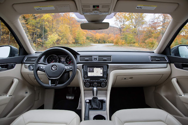 2017 VW Passat V6 3.6L DSG-6 - painel