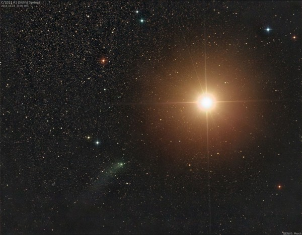 Komet Siding Spring dan Mars pada 19 Oktober 2014. Kredit: Damian Peach.