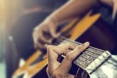 Belajar fingerstyle gitar untuk pemula