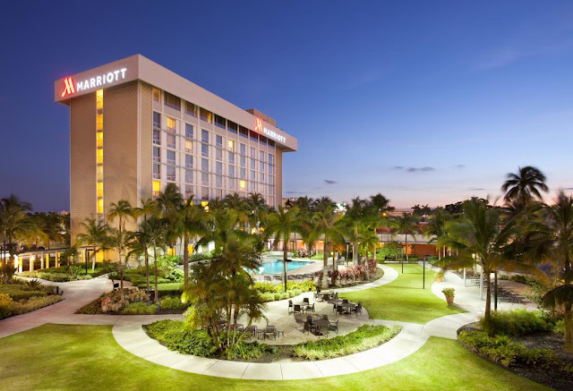 Miami Airport Marriott welcomes you with stylish hotel accommodations, restaurants, meeting space, an outdoor pool and free shuttle to MIA International.