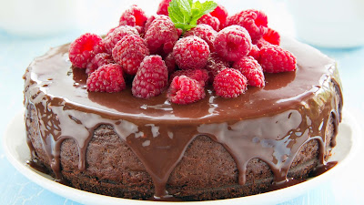 Strawberry-Chocolate-Cake-Walls-imgs