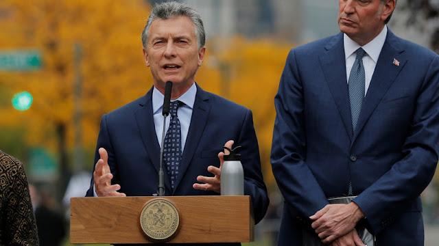 """¿Anclado en los años 60?: Macri pide a EE.UU. un """"embargo petrolero"""" contra Venezuela"""