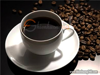Uống cafe dễ gây vàng răng