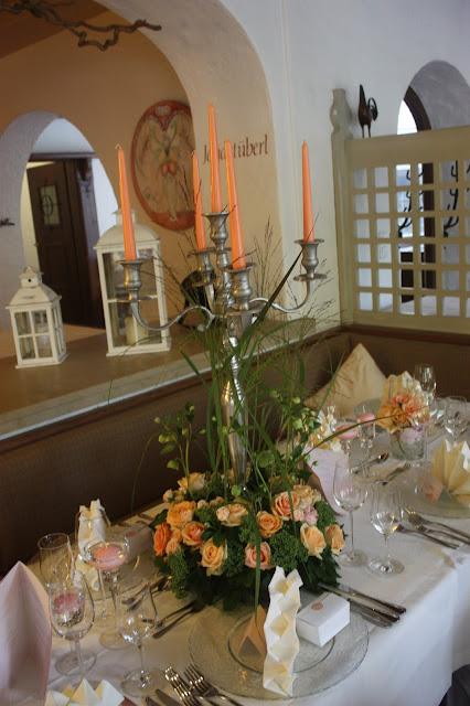 Tischdekoration Peach & Pastell, Pfirsich, Rosa und Pastell, Sommerhochzeit im Riessersee Hotel Garmisch-Partenkirchen, Bayern, Wedding in Bavaria, Germany, lake side summer wedding