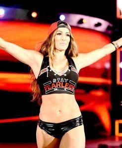 Foto Cantik Nikki Bella, Pegulat Cantik, Pemain WWE Seksi