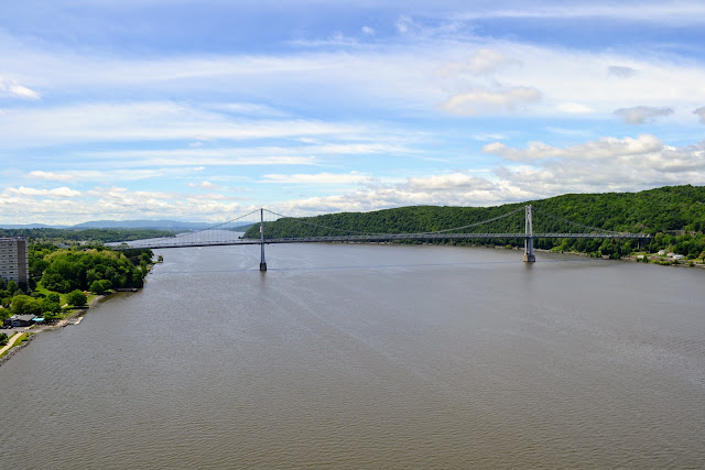Доріжка над Гудзоном. Поукіпзі. Нью-Йорк (Walkway over the Hudson. Poughkeepsie, New York)