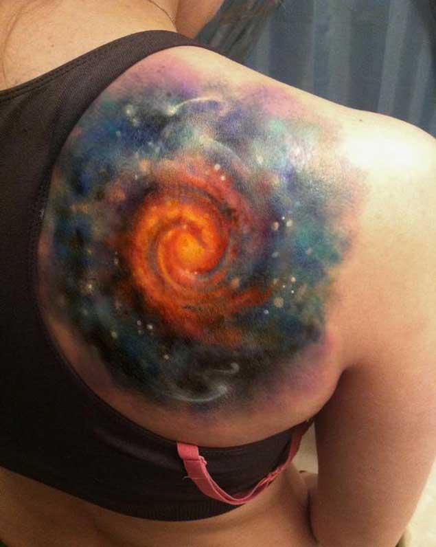 tatuaje del espacio