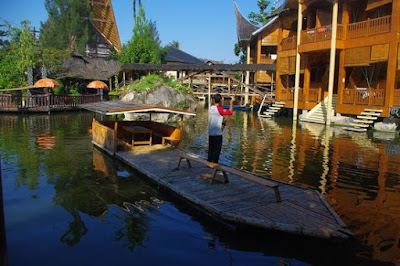 Info Penginapan Danau Dariza Hotel & Resort