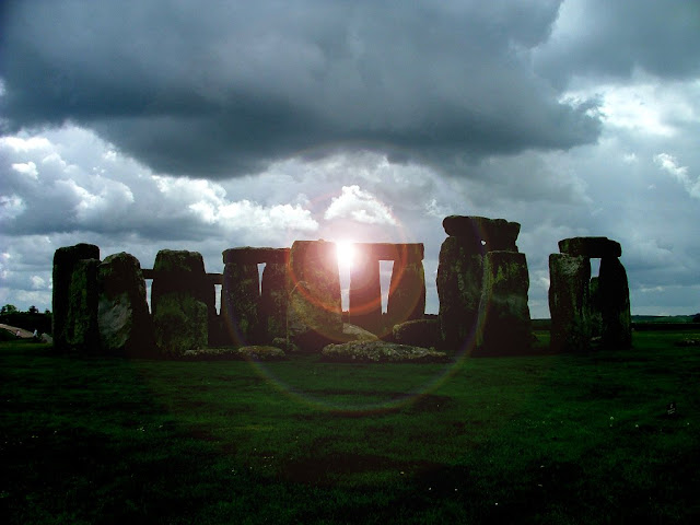 Sunshine and Clouds Stonehenge