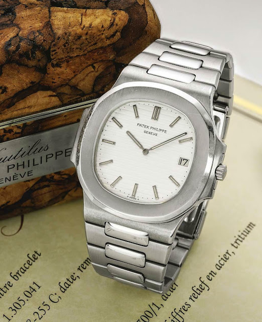 In 1980 Patek Philippe launched the Nautilus for Ladies (reference 4700)  and one year later the mid-size reference 3800/1A with a reduced diameter  of 37.5 ...