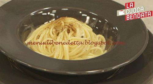 La Cuoca Bendata - Spaghetti cacio e pepe ricetta Parodi