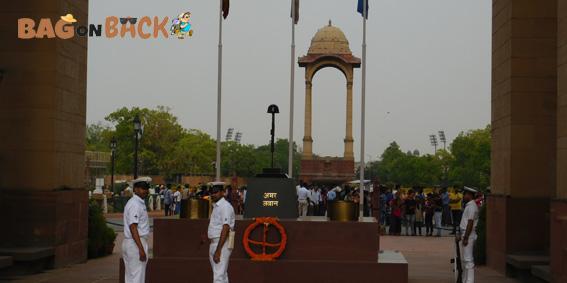 Amar-Jawan-Jyoti-Delhi
