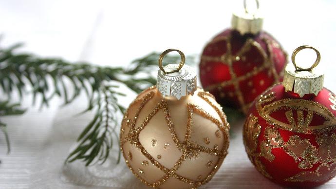 Wallpaper: Christmas Ornament