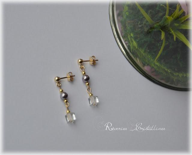 boucles d'oreilles perles nacrées et cristal